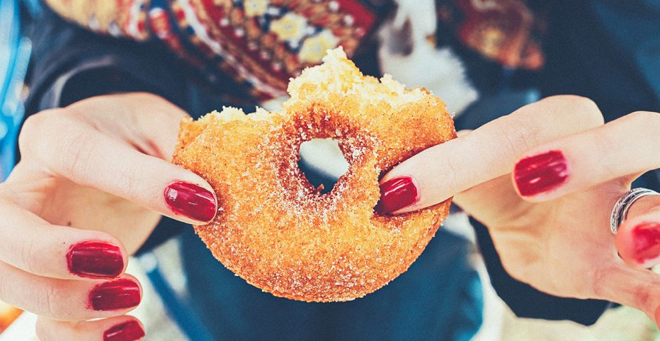 7 STEPS TO MANAGING SUGAR CRAVINGS!